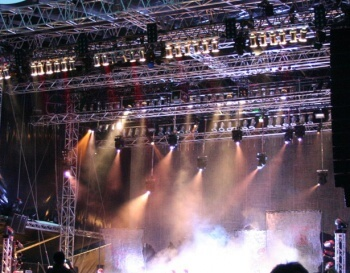 Rock-in-Concert-Ton-Licht-Bühne-Conception-1200x480